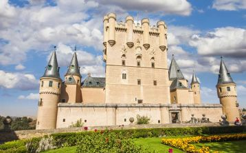 Ávila & Segovia Full Day Tour from Madrid