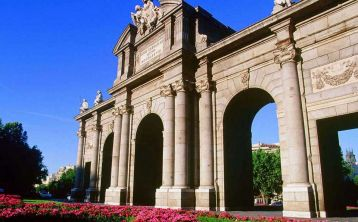 Madrid Sightseeing Tour by bus & Prado Museum Guided Tour
