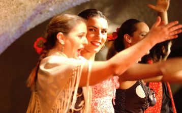 Barcelona: Flamenco show at Tablao Cordobés with drink or dinner