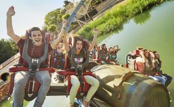 Bus PortAventura Park & ticket from Barcelona