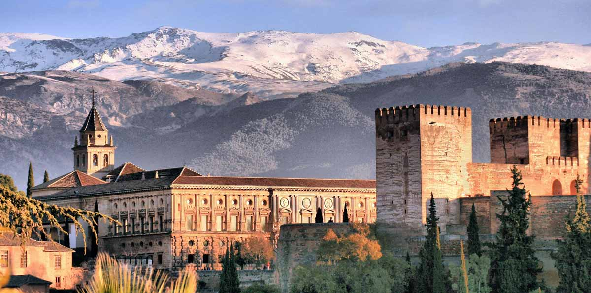 Guided Walking Tours In Granada Spain
