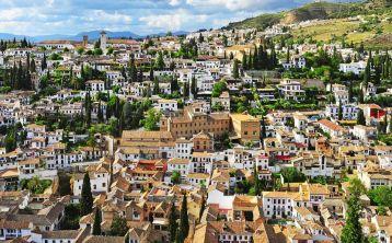 Visita guiada Albaicín y Sacromonte & Tren turístico Granada City Tour