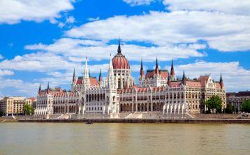 Budapest City & Parliament Tour