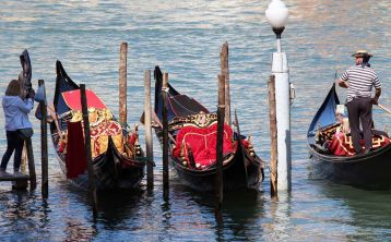 Venice day trip with Gondola ride from Florence