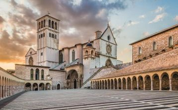 Assisi, Cortona and Perugia Tour from Florence