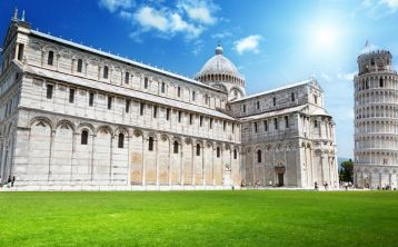 Pisa and the Leaning Tower Half Day Tour from Florence