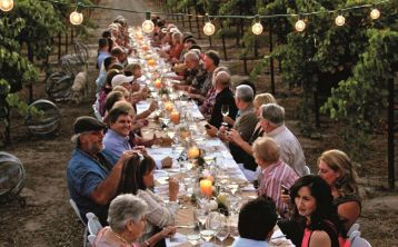Dinner in the Chianti vineyards