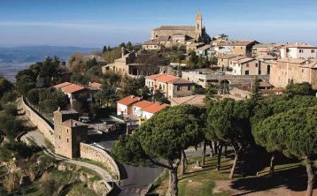 Tuscany Tour from Lucca: Montalcino, Pienza and Montepulciano