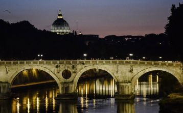 Rome Tour by Night with traditional Italian dinner