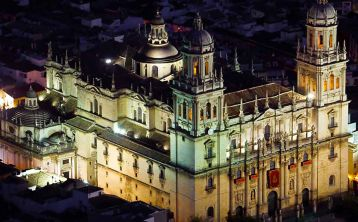 Jaén Night Walking Tour: Mysteries and Legends