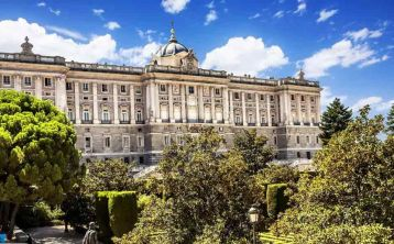 Madrid Royal Palace Guided tour with Exclusive Early Access