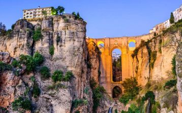 Tour Andalucía 7 días: Córdoba, Sevilla, Ronda y Granada desde Madrid