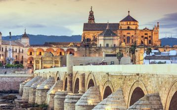 Spain 4-days Tour: Cordoba, Seville, Granada and Toledo from Madrid