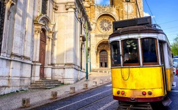 Lisboa and Fátima 5-Days Tour from Madrid