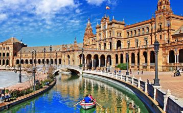 Andalucía, Valencia and Barcelona 7-Days Tour from Madrid