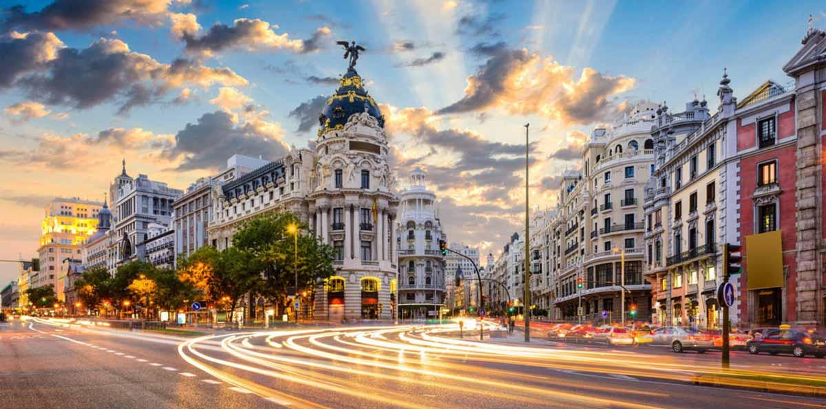 Výsledek obrázku pro Gran Via Madrid