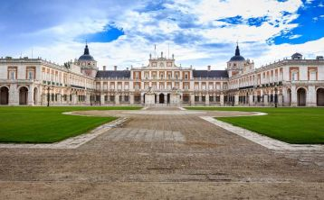 El Escorial, Valley of the Fallen and Aranjuez Full Day Tour
