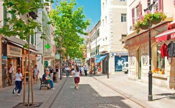 Gibraltar Shopping Tour from Malaga