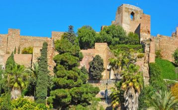 Málaga Walking Tour: Roman Theater and Alcazaba
