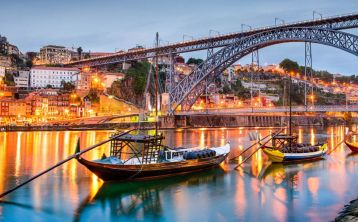 Oporto City Tour Day & Night with Dinner and Fado show