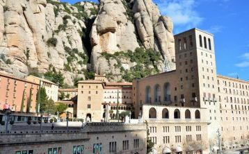 Montserrat full day Tour with Brunch