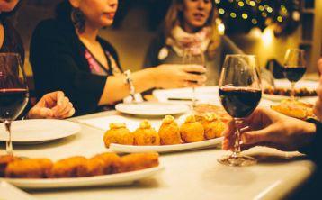 Barcelona: Tour Gastronómico con almuerzo o cena en grupo reducido