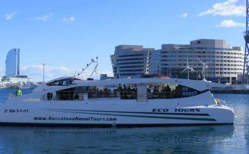 Barcelona Boat Tour & Barcelona City Tour Hop-On Hop-Off Bus