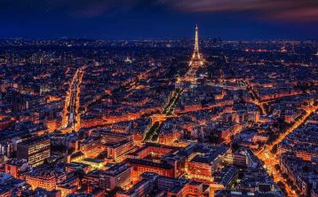 Paris Night Tour & Lido Cabaret Show