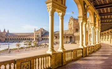 Seville Tour with tickets to the Cathedral, Giralda and Alcázar